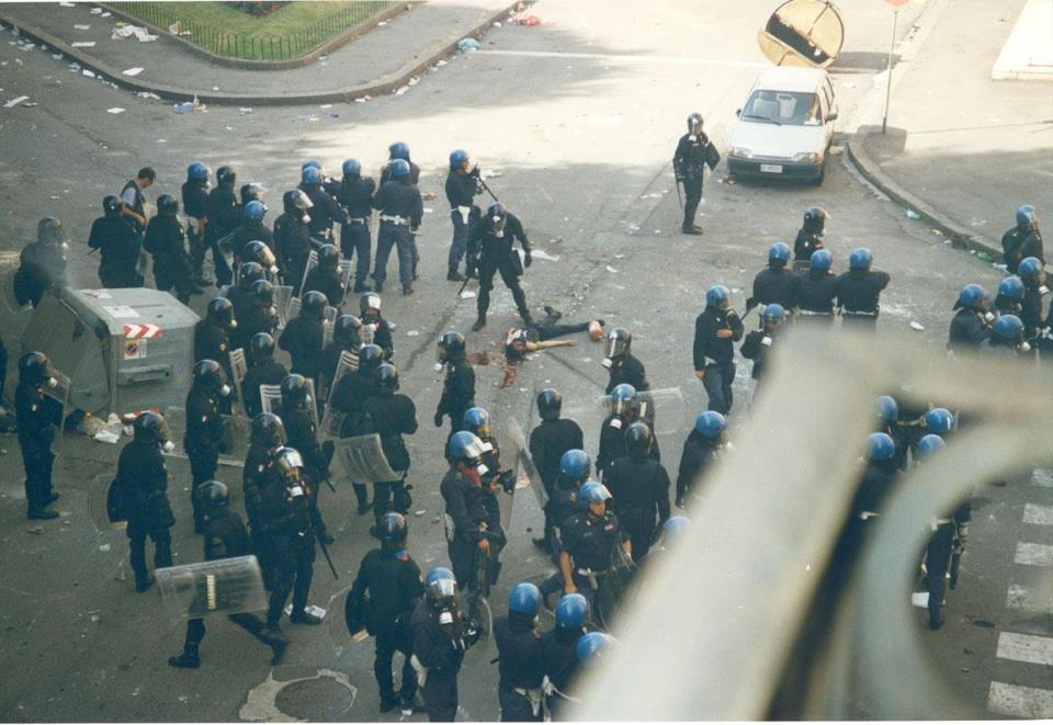 genova - carlo giuliani - 20 luglio 2001